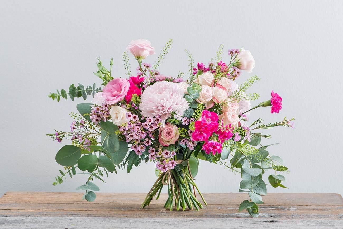 Flower arrangements pretty in pink straits market singapore pretty in pink flower arrangements straits market singapore mightylinksfo